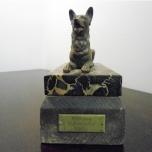 2315 - Pies - figurka z brązu