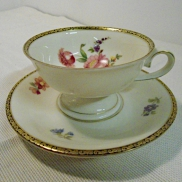 05 - Filiżanka herbaciana